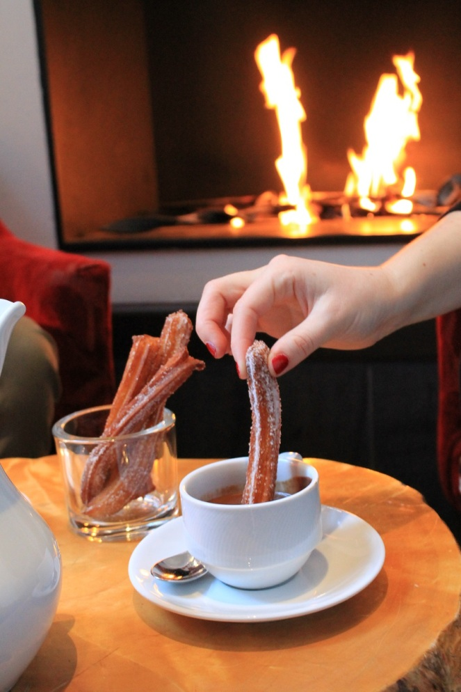 Chocholat chaud et churros Auberge Saint-Antoine - Hungry Rachel