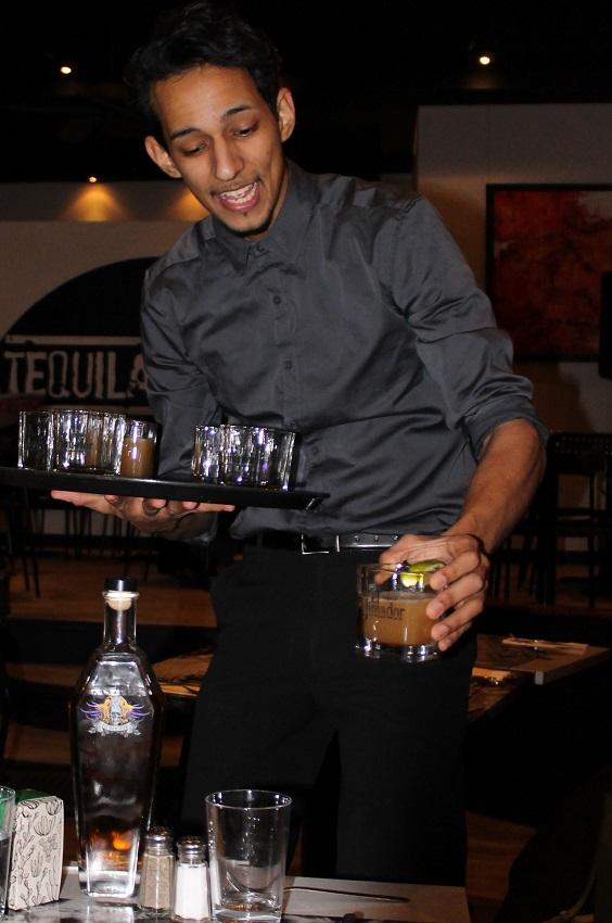 Tequila Lounge - barman Carlos - Hungry Rachel