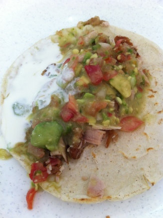Ce que l'on appelle ici fajita, est en fait un taco. La fajita est un plat américain et non mexicain.