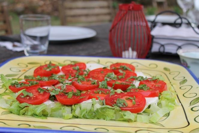 Salade caprese - Hungry Rachel