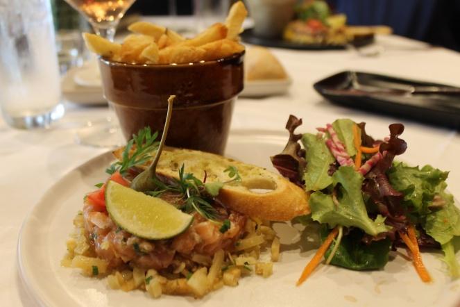 La Cache à Maxime - Le Greg - tartare de saumon - Hungry Rachel.jpg