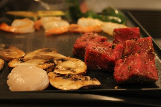 plancha-grill-lagrange-filet-mignon-de-boeuf-et-legumes-hungry-rachel